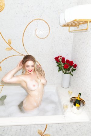 Rokhia rimjob independent escorts in Jefferson