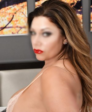 Francinette escorts in Rockwall