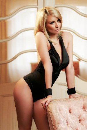 Theane rimjob live escorts in Lake Shore